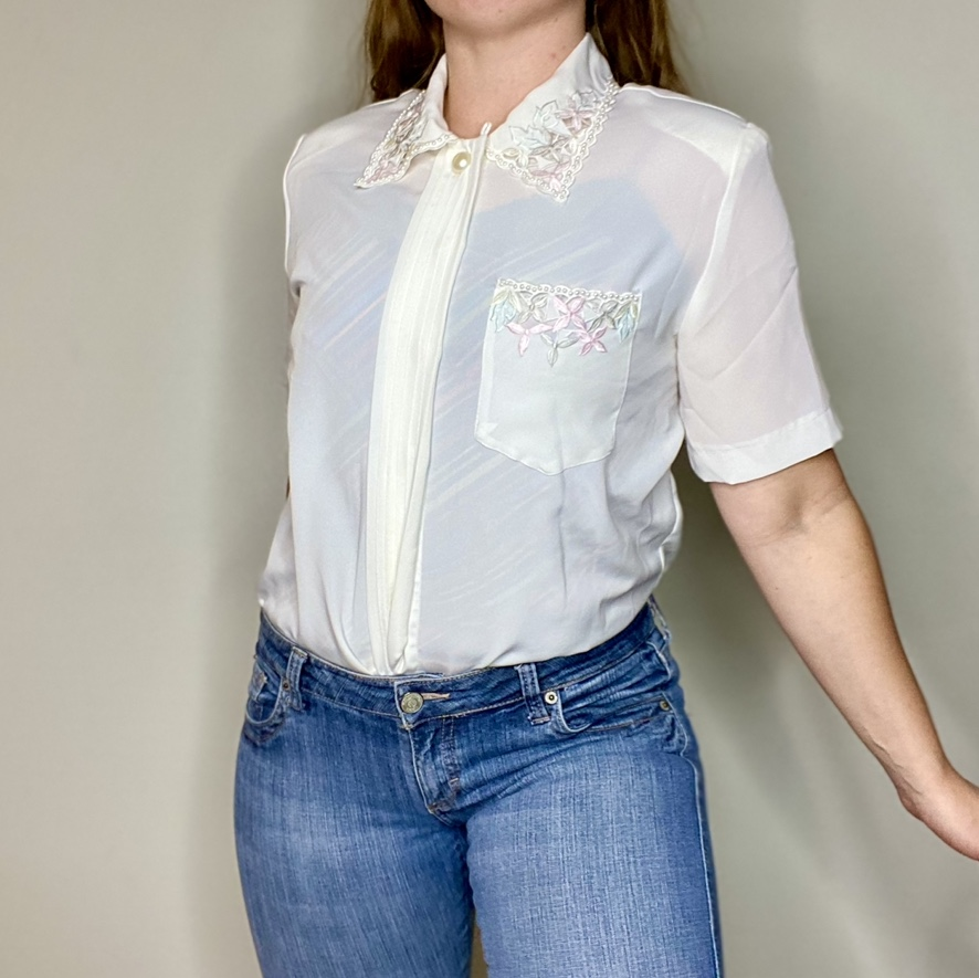 Product Image 1 - VINTAGE Cathy Che White Embroidered