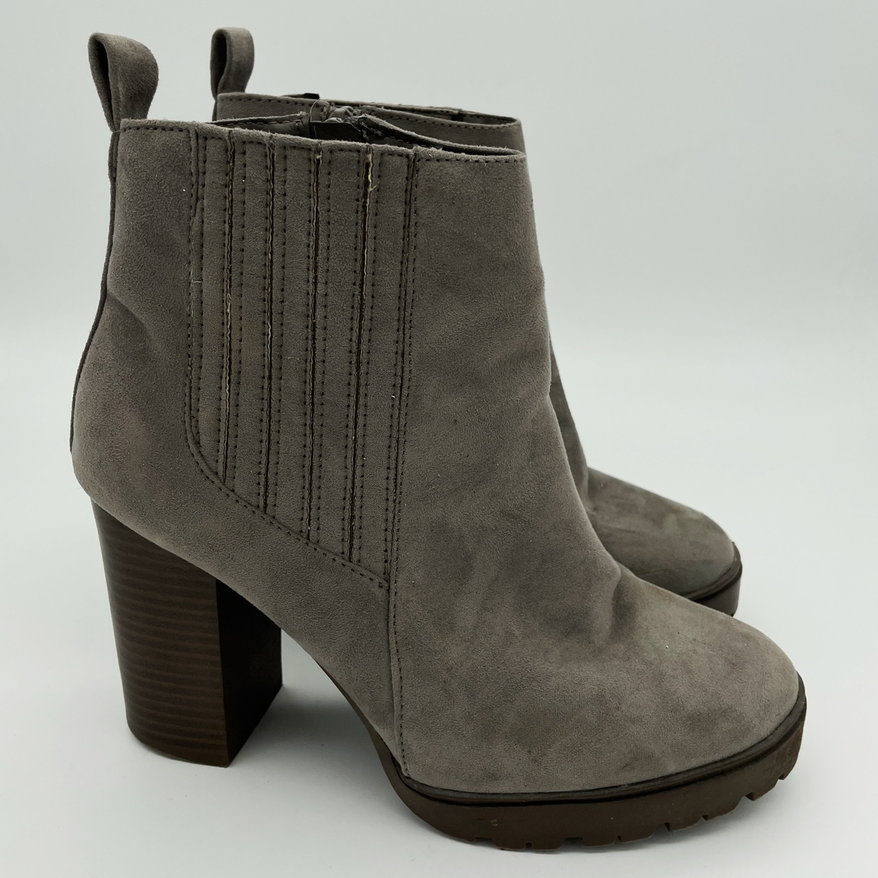 Product Image 1 - •Women's Primark Grey Suede Chunky