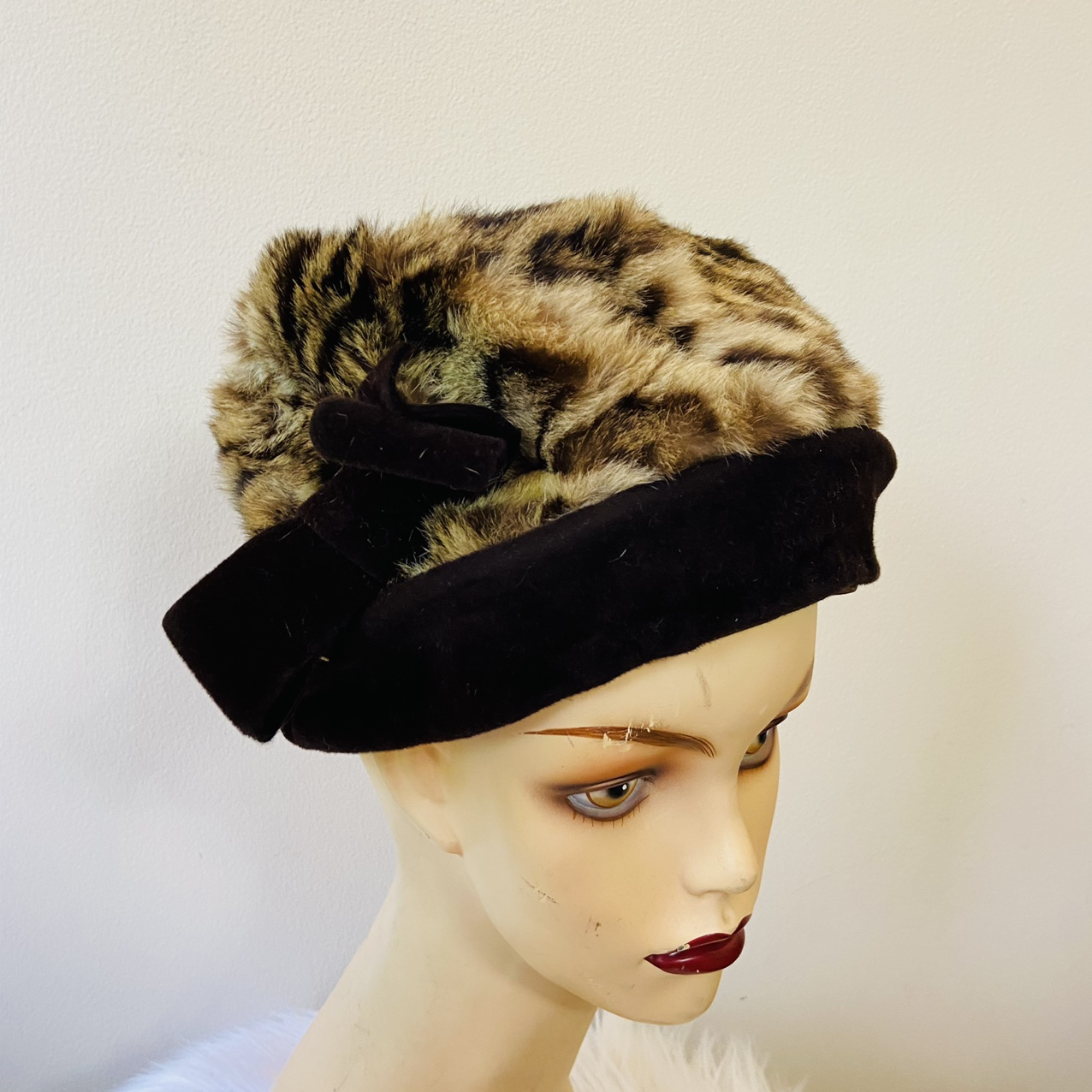 Product Image 1 - FREE US SHIPPING  VINTAGE 1950s Real