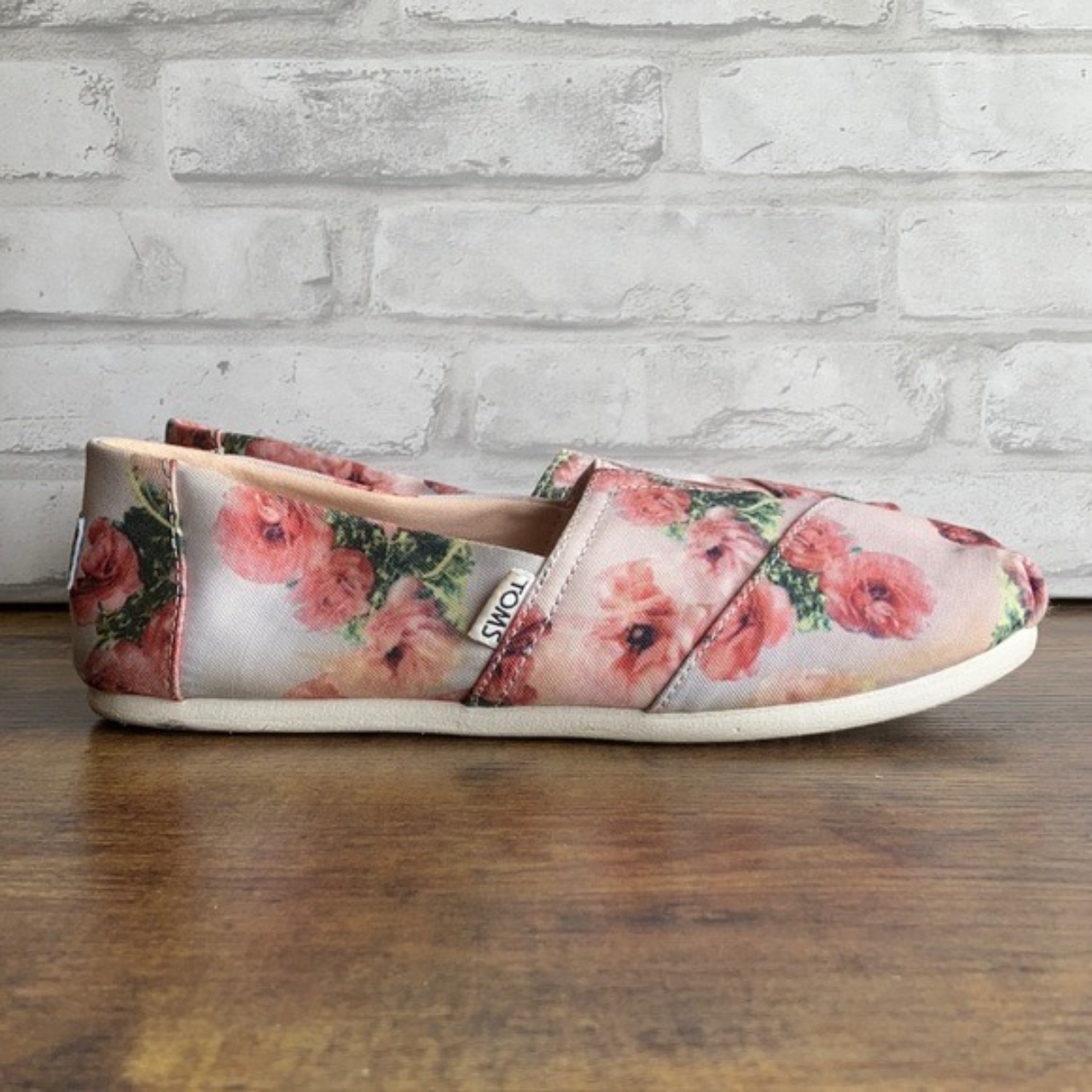 Product Image 1 - Toms Pink Graphic Floral Print