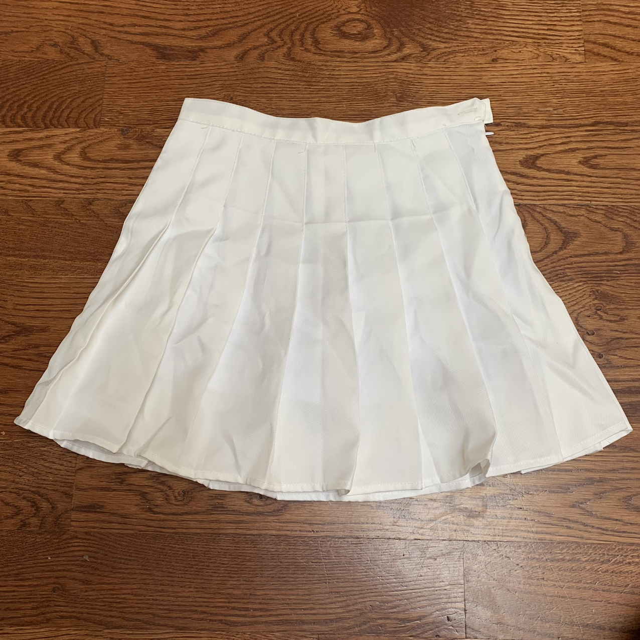 Product Image 1 - -super cute white tennis skirt -never