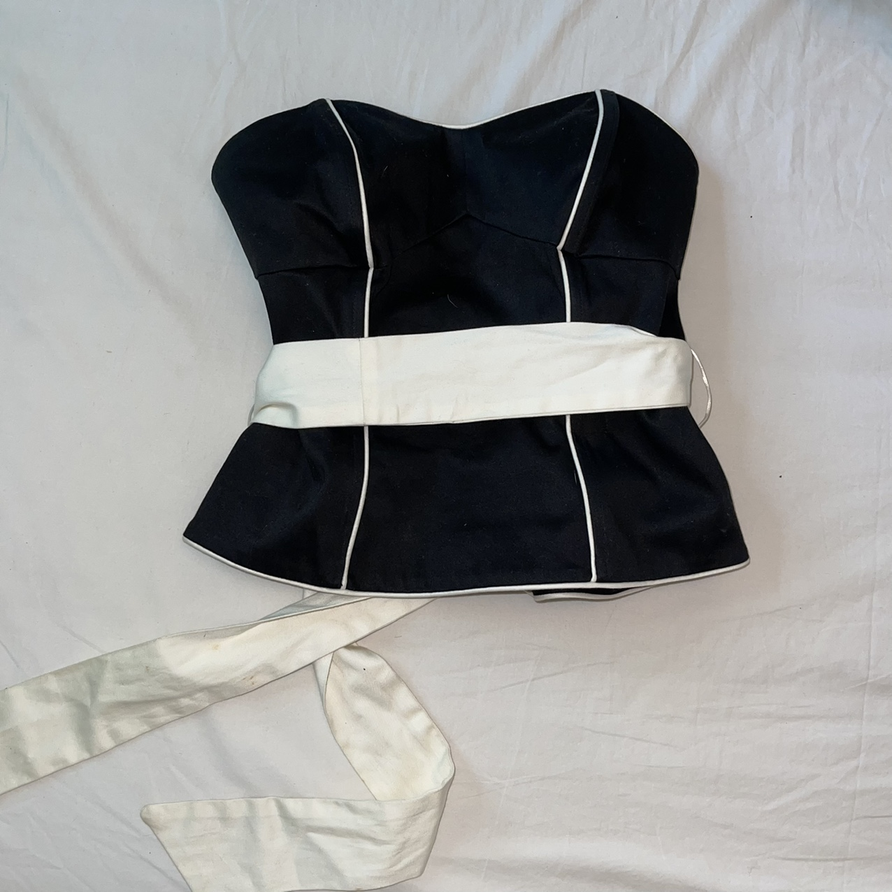Product Image 1 - Black corset top with white