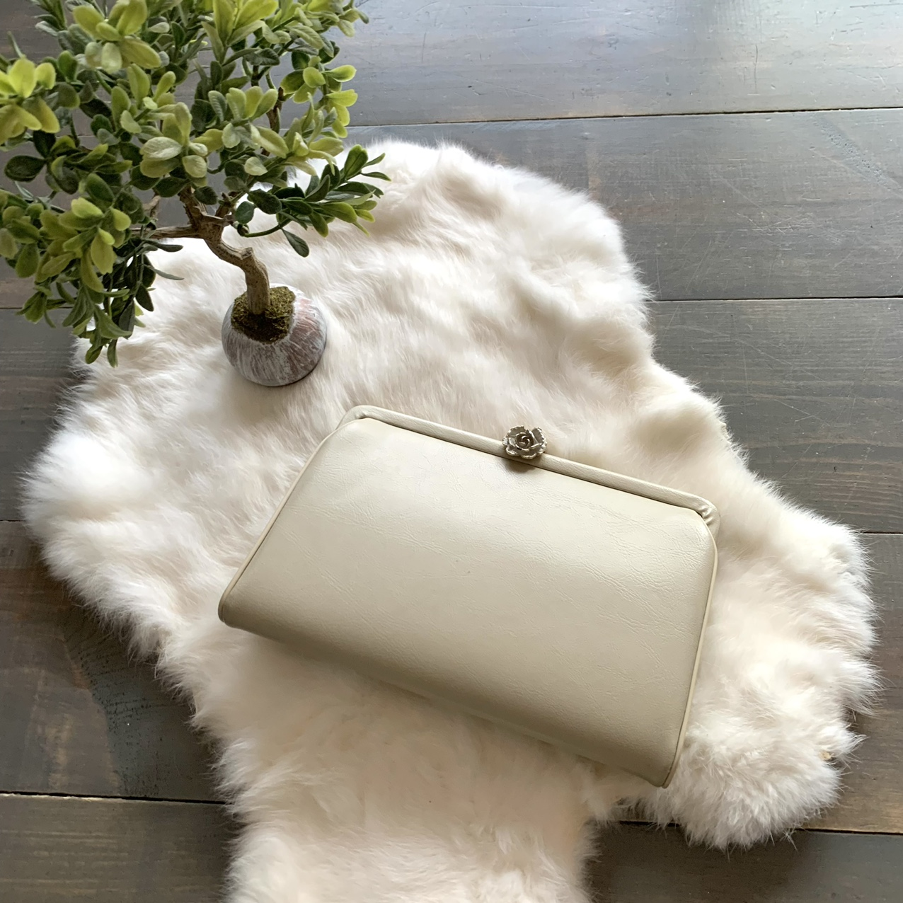 Product Image 1 - Vintage Beige Leather Convertible Clutch